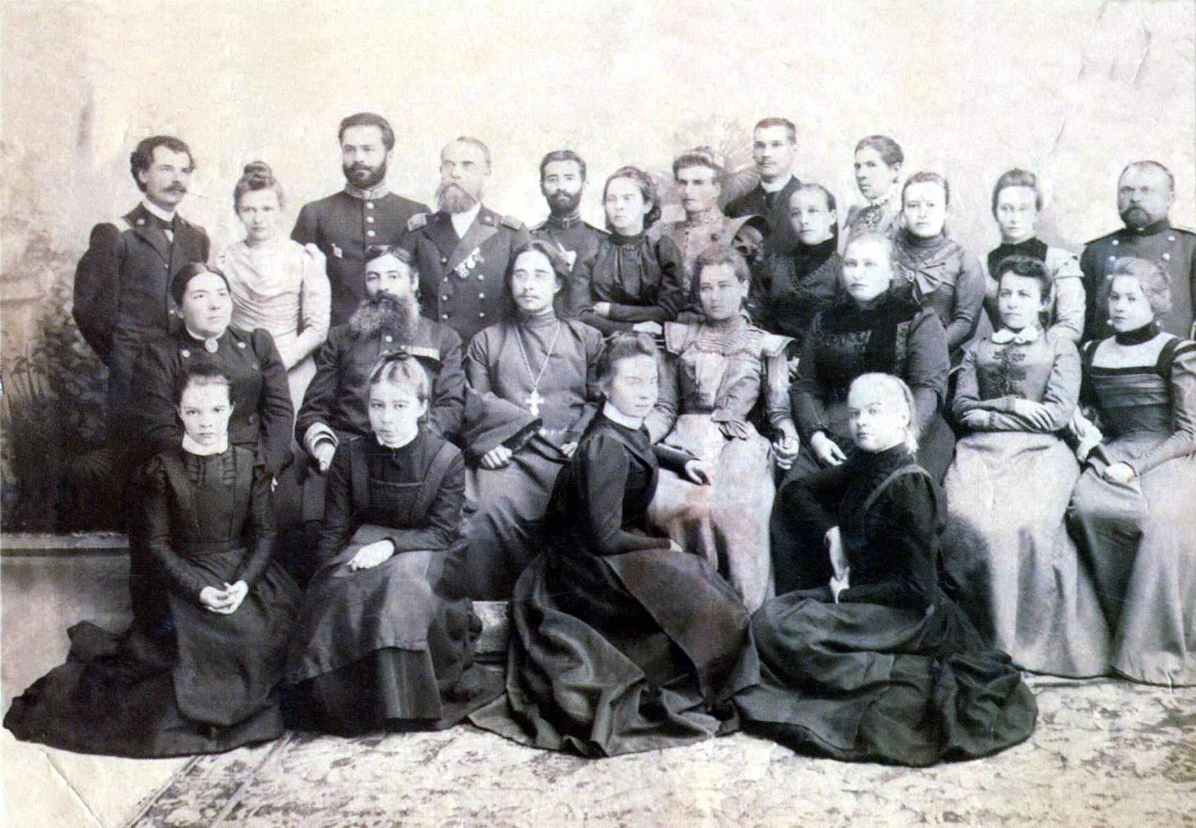 Первые учебные заведения Хабаровска